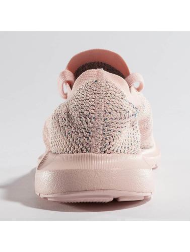 Baskets Adidas Originals Femmes Course Rapide Primeknit En Fuchsia commander en ligne qdrUzc2