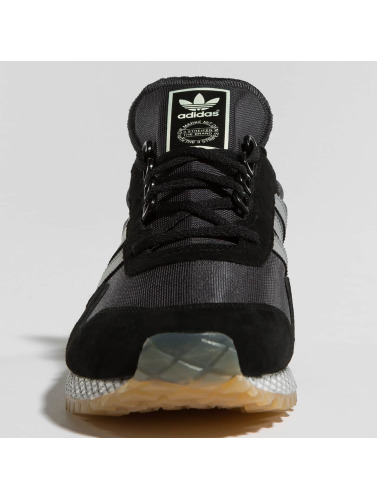 Dans Nouveaux Yorck Originals Baskets Noir Adidas Hommes QdBerCxoWE