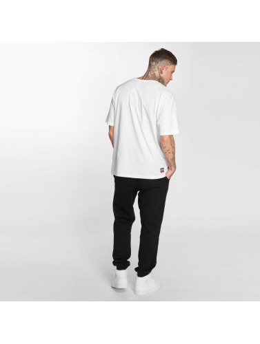 Dangereux Dngrs Hombres Camiseta Lgndz En Blanco pré commande rabais BZQ7lO4qE