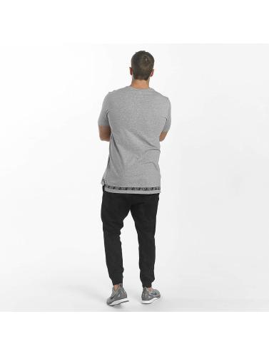 réduction Economique Meilleure vente jeu Nike Hombres Camiseta Sport En Gris Réduction limite FNuoRoL