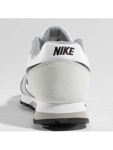 Nike Baskets Femmes Runner Md2 En Blanc populaire en ligne designer à vendre tumblr pas cher populaire mEYZ2gJs