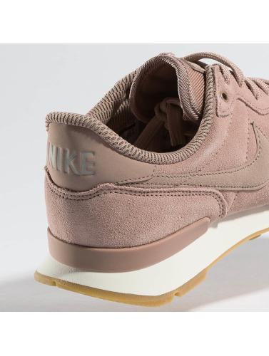 Femmes Nike Chaussures De Sport Dans Internationalist Rose point de vente jeu authentique profiter en ligne à vendre à vendre 2014 ohvW85