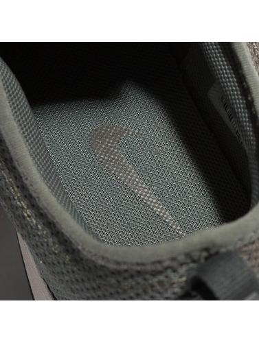Nike Baskets Femmes Dualtone Course En Vert grande vente manchester 2014 rabais nouvelle arrivee 7rkyeiPgI