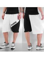 Dangerous DNGRS Shorts weiß