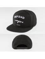Defend Paris Snapback Cap Logo black