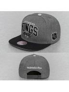 Mitchell & Ness Snapback Cap G2 Team Arch LA Kings gray