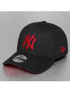 New Era Flexfitted Cap schwarz