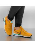 Nike Sneakers Internationalist Women's gold