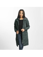 Noisy May Coats nmEllen green