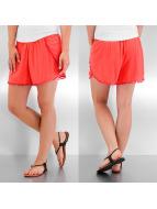 VILA shorts rood