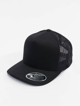 Flexfit 110 Trucker Cap Black/White