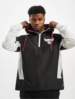 New Era NBA Chicago Bulls Print Infill Windbreaker Black