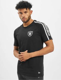 New Era NFL Oakland Raiders Raglan Shoulder Print T-Shirt Black