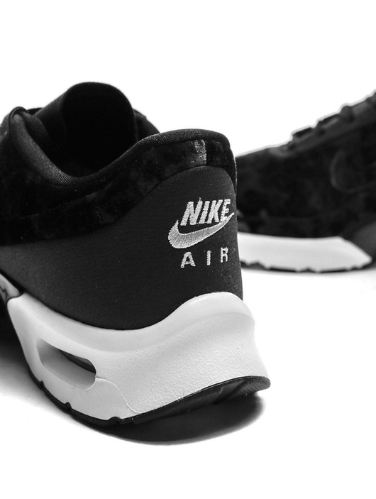 Nike Air Max BW Premium $119.99 |