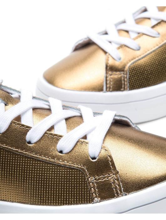 pretty nice 1fff7 8322c Adidas Court Vantage W Golden