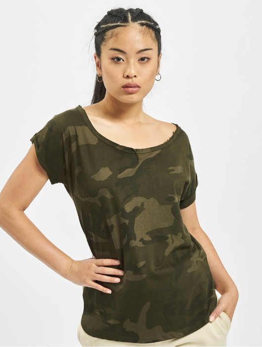 Urban Classics Camo Back Shaped T-Shirt Olive Camo image number 0