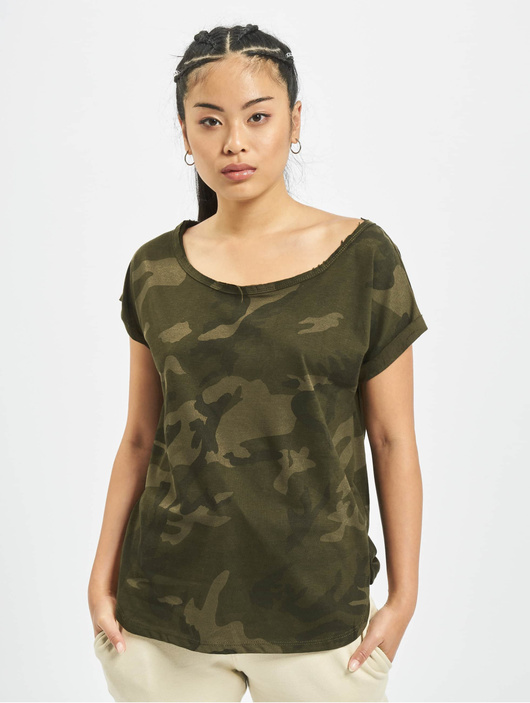 Urban Classics Camo Back Shaped T-Shirt Olive Camo image number 2