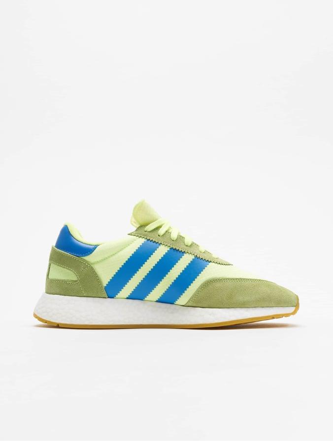 adidas schoenen worden geel