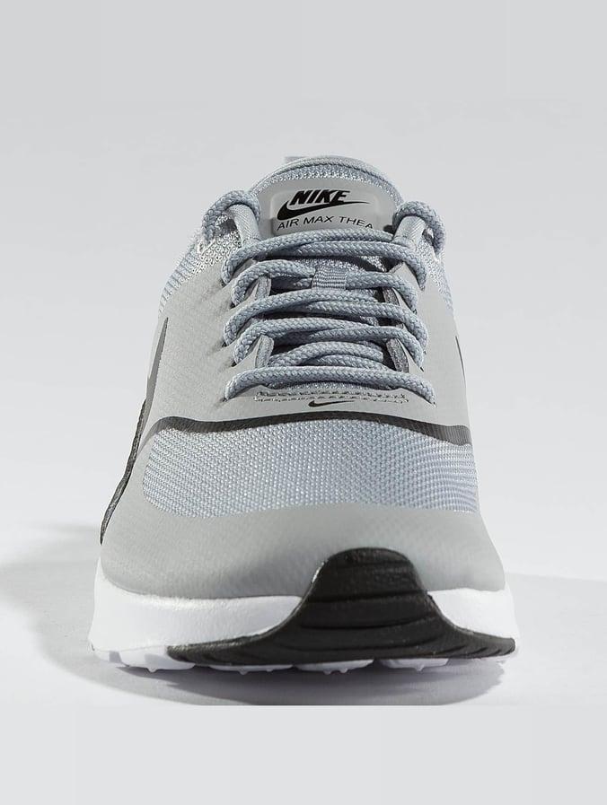 3a8ba258441 Nike Skor / Sneakers Air Max Thea i grå 403293