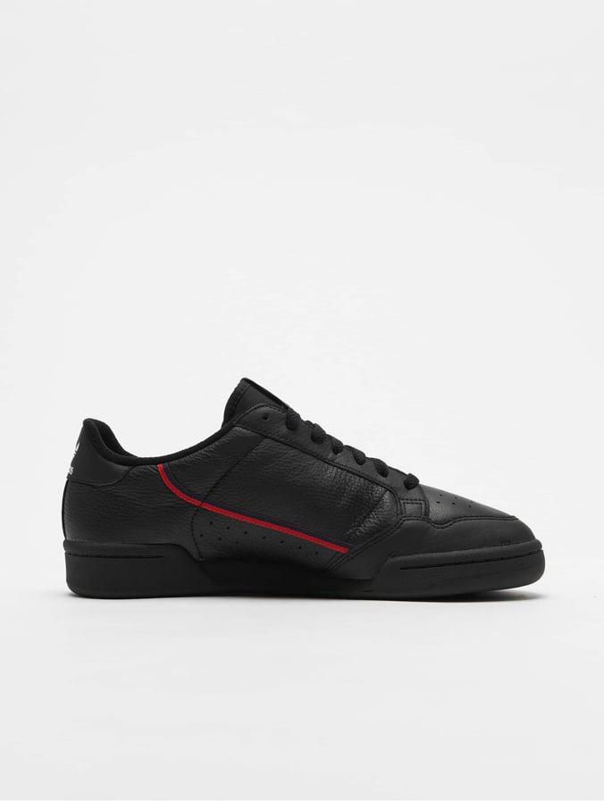 basket adidas noir semelle or