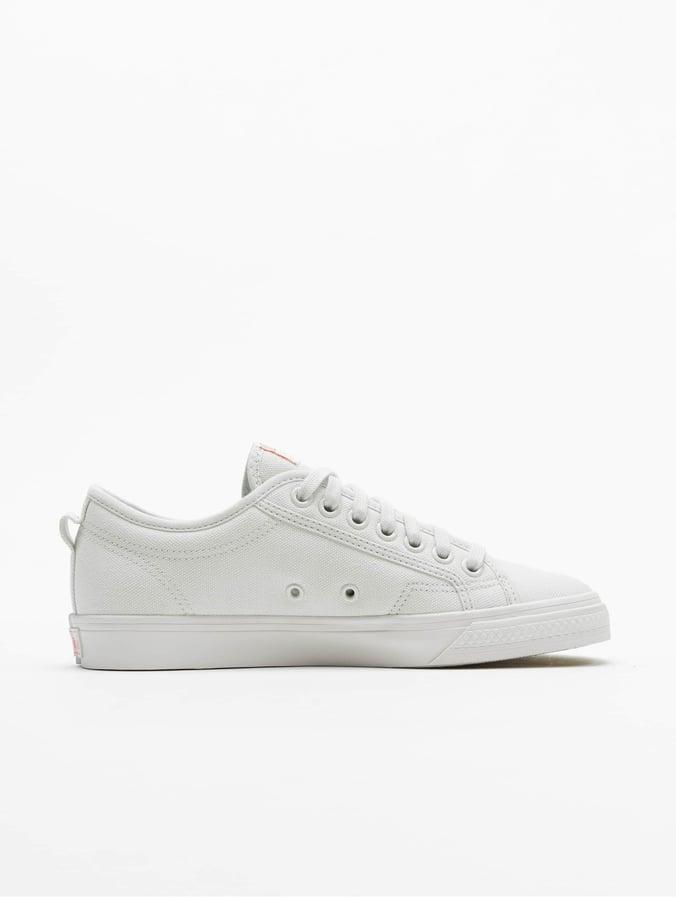 Adidas Nizza Trefoil Sneakers Crystal WhiteShock RedCore Black