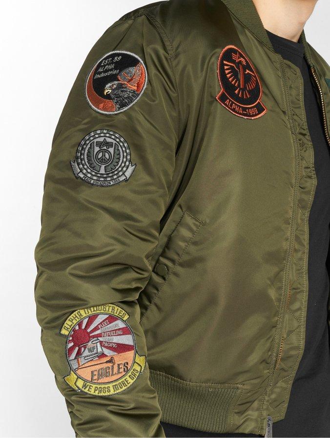 differently 2743e 1b1fa Jacken Alpha Industries MA-1 Pilot Jacke Alpha Industries GmbH