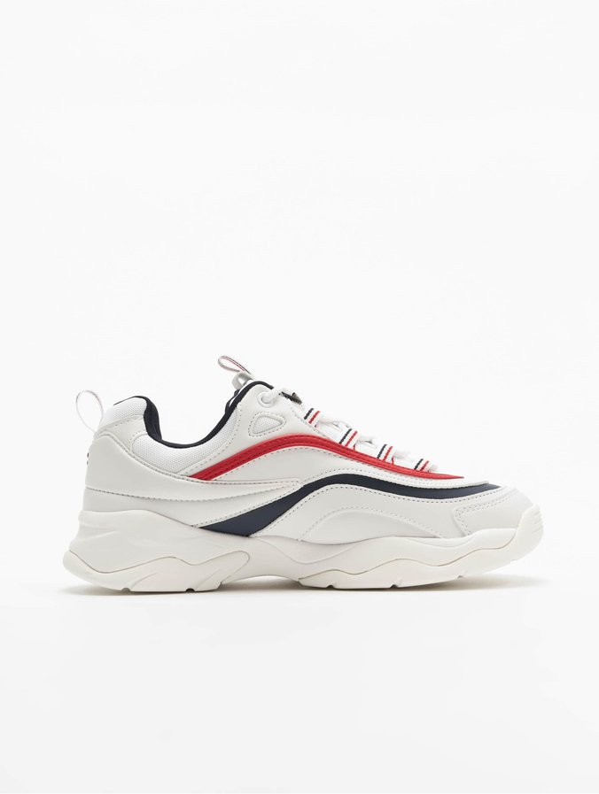 FILA Ray Low Sneakers WhiteFila NavyFila Red