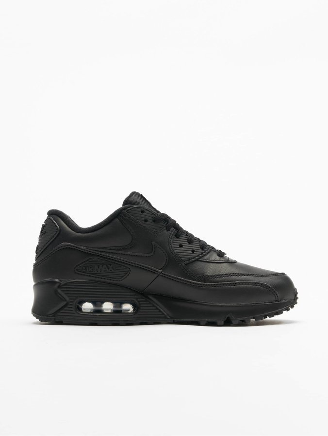 chaussures de sport af1c1 98b2f Nike Air Max 90 Leather Sneakers Black/Black