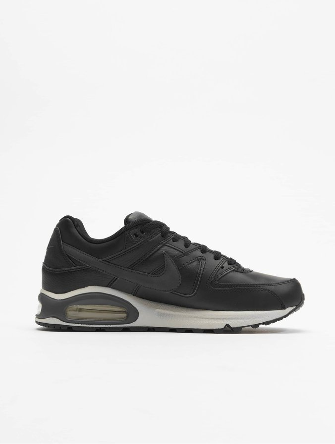 plus de photos 73ae2 2556f Nike Air Max Command Leather Sneakers Black