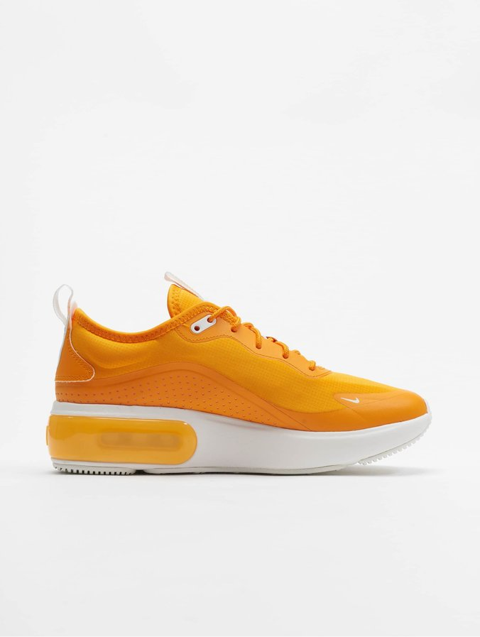 Nike Air Max Dia Sneakers Orange Peel/Summit White/Summit White