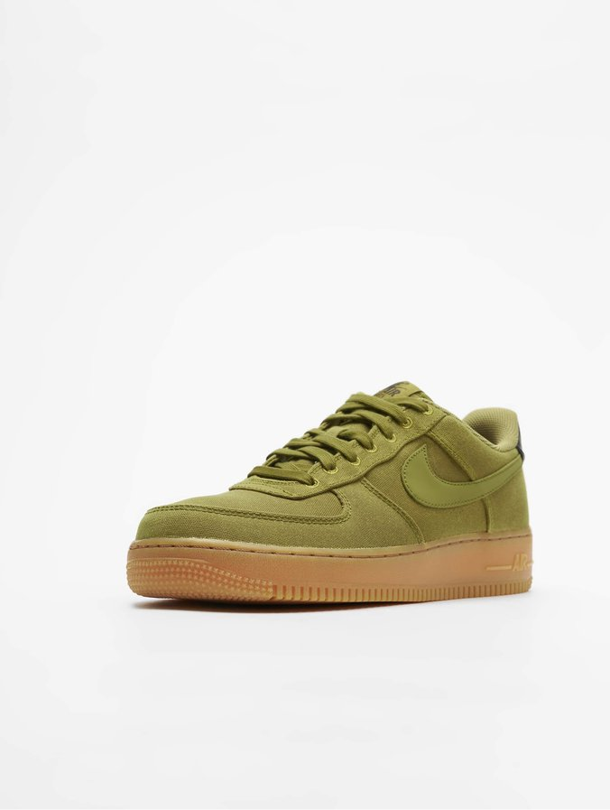 72c63192fc62 Nike   Air Force 1 07 LV8 Style vert Homme Baskets 538105