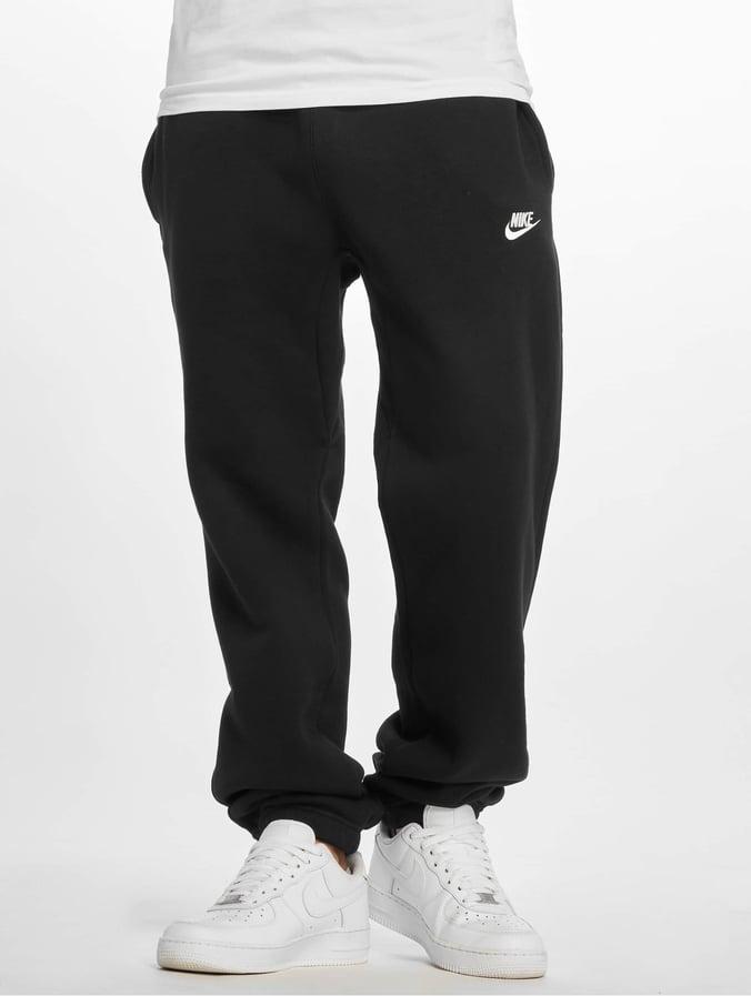 cae42ffdb0 Nike Herren Jogginghose NSW CF FLC Club in schwarz 257522