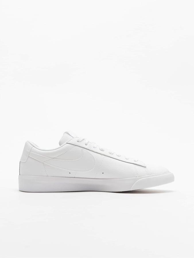 Nike Blazer Low LE Sneakers WhiteWhiteWhite