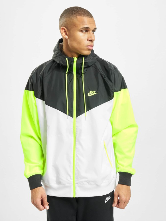 Nike Sportswear Veste coupe vent whitewolf greyblack