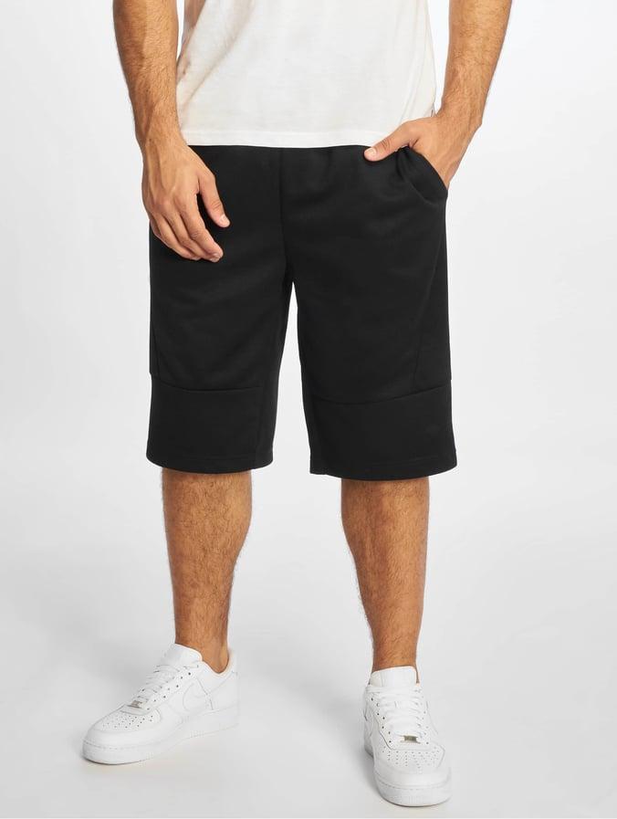 Southpole Tech Fleece Uni Shorts Black
