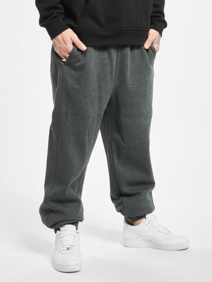 Urban Classics Basic Sweatpants Sporthose M/änner Jogginghose Pantaloni Sportivi Uomo