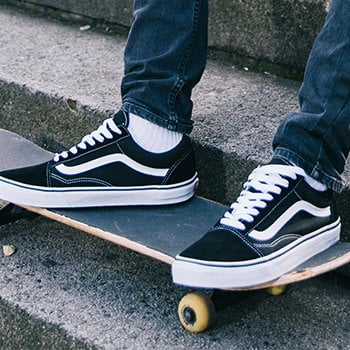 brand of the month vans maenner