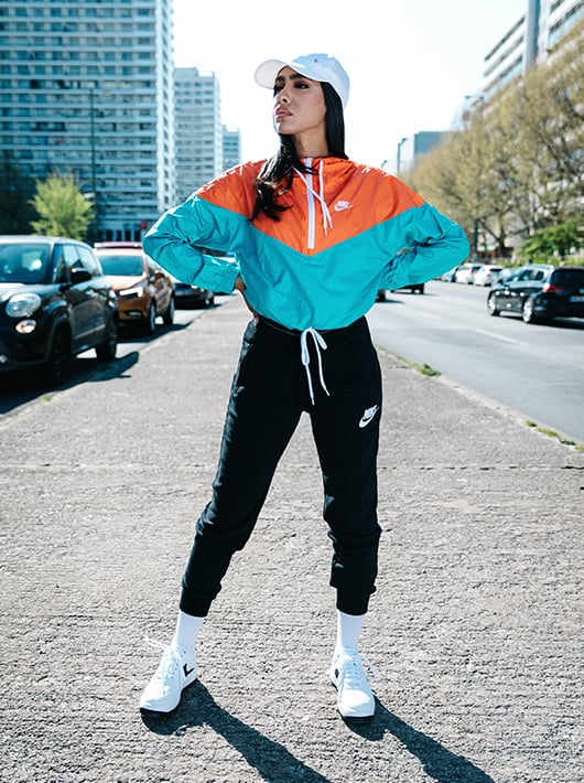 nike sweatpants frauen