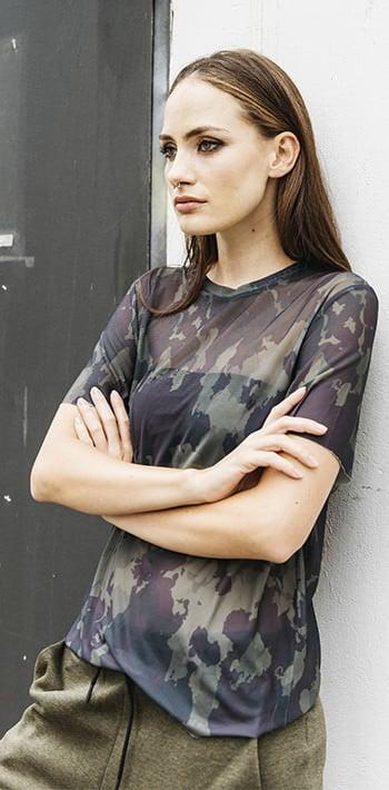 camouflage unisex look