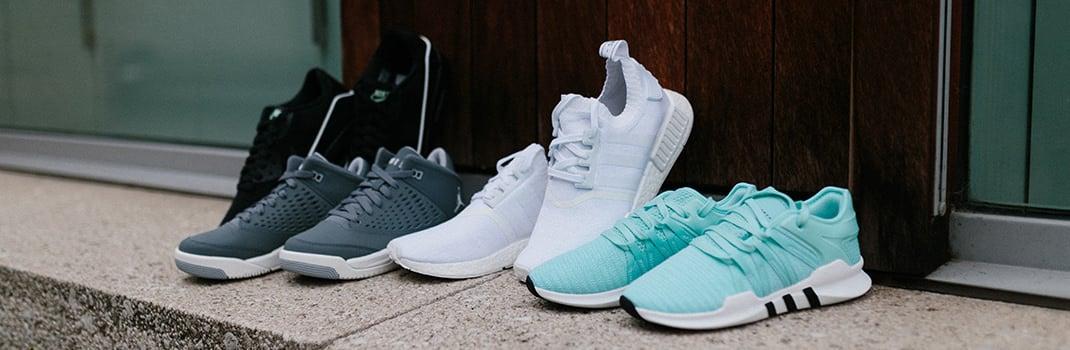unisex low-top sneakers