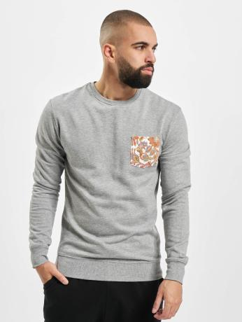 urban-classics-manner-pullover-contrast-pocket-in-grau