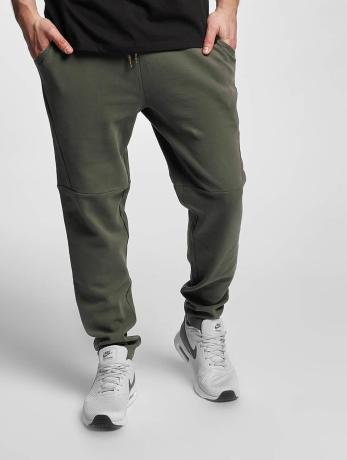 urban-classics-manner-jogginghose-tapered-interlock-in-olive