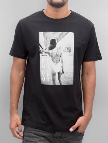 mister-tee-manner-t-shirt-easy-livin-in-schwarz