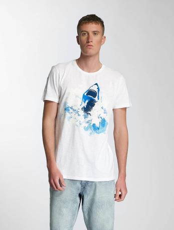 petrol-industries-manner-t-shirt-shark-in-wei-