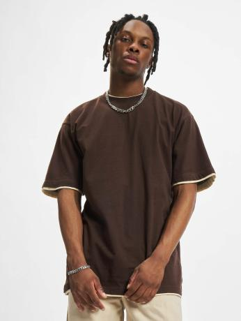 urban-classics-manner-tall-tees-contrast-tall-tee-in-braun