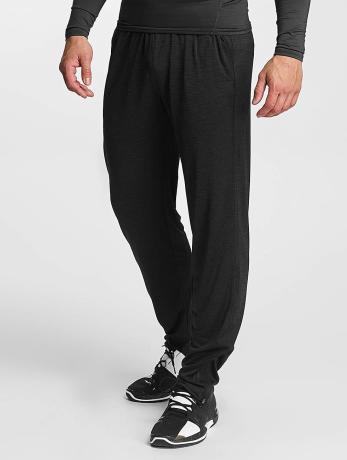 under-armour-manner-jogger-pants-tech-in-schwarz