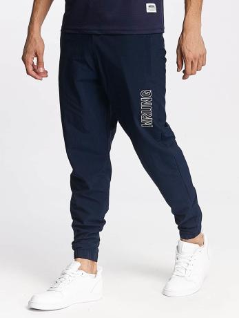 wrung-division-manner-jogginghose-jam-in-blau