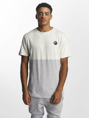 just-rhyse-manner-t-shirt-divided-in-wei-