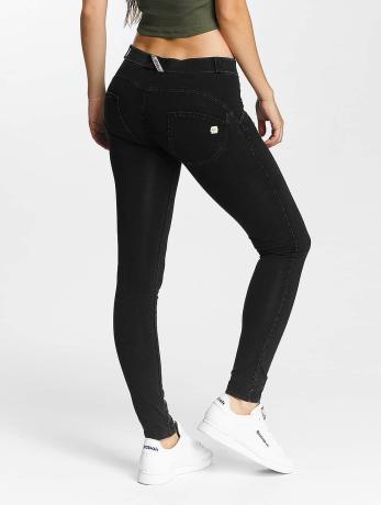 freddy-frauen-skinny-jeans-regular-waist-in-schwarz