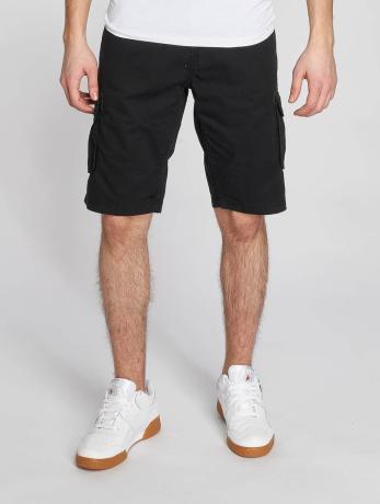 solid-manner-shorts-gael-in-schwarz